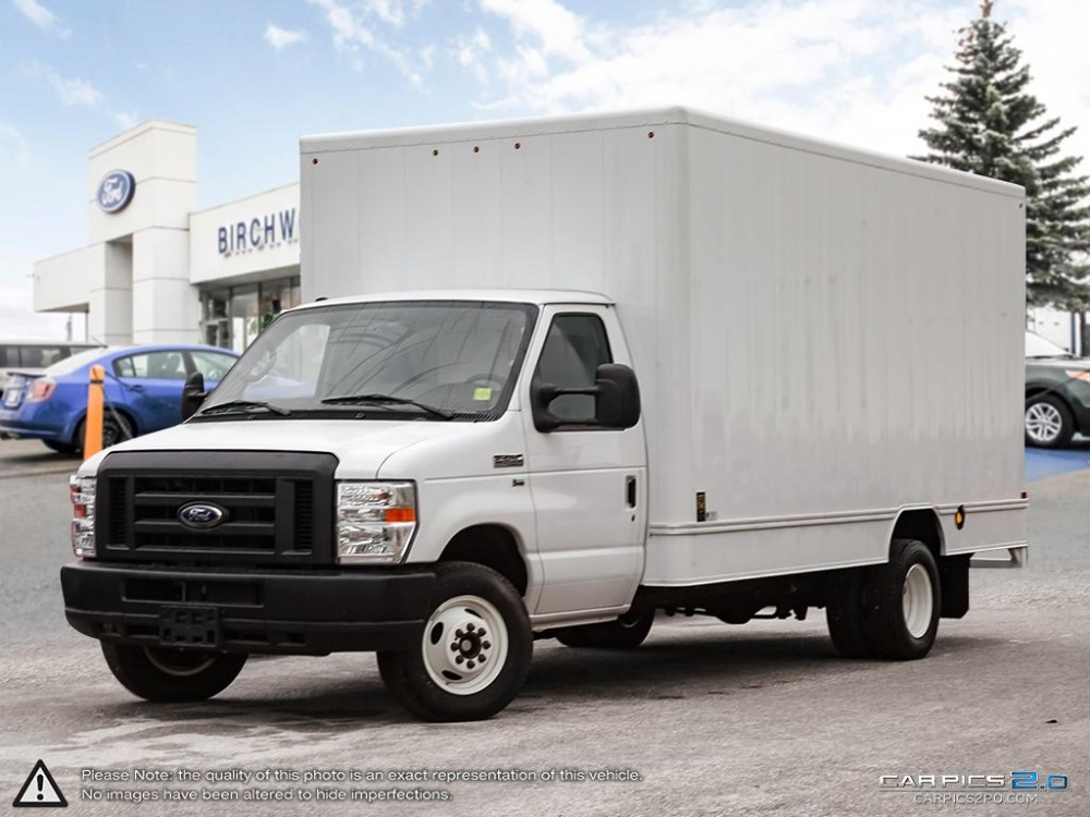 "New 2018 Ford E-Series Cutaway E-450 DRW 176"" WB"